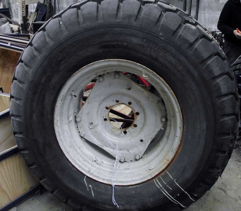 Tractor Wheel Rims : Rear tractor grass wheels